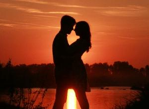 Como amarrar a un hombre con magia casera